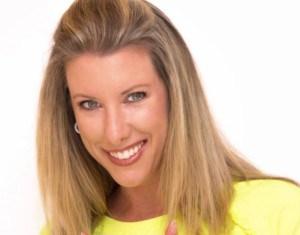 Monica Pelle teaches about nutrition